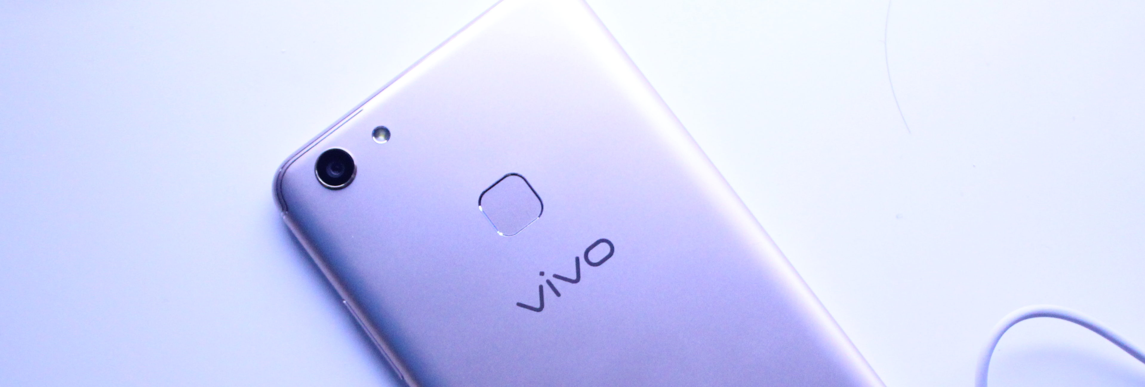 vivo-ph-introduces-their-newest-all-screen-and-selfie-centric-smartphone-the-v7