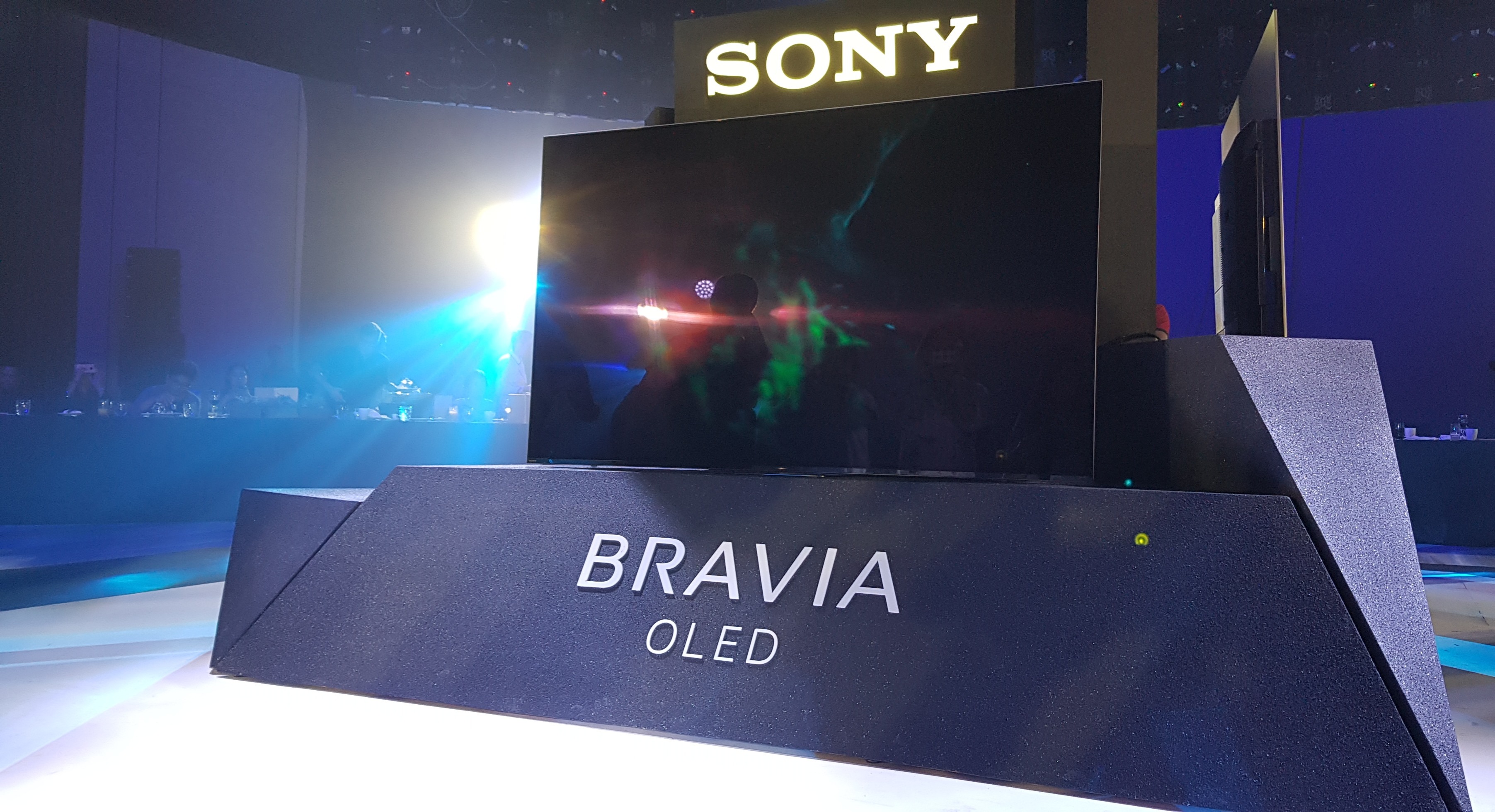 sony bravia launches 2018 oled and led tv series tipsgeeks. Black Bedroom Furniture Sets. Home Design Ideas
